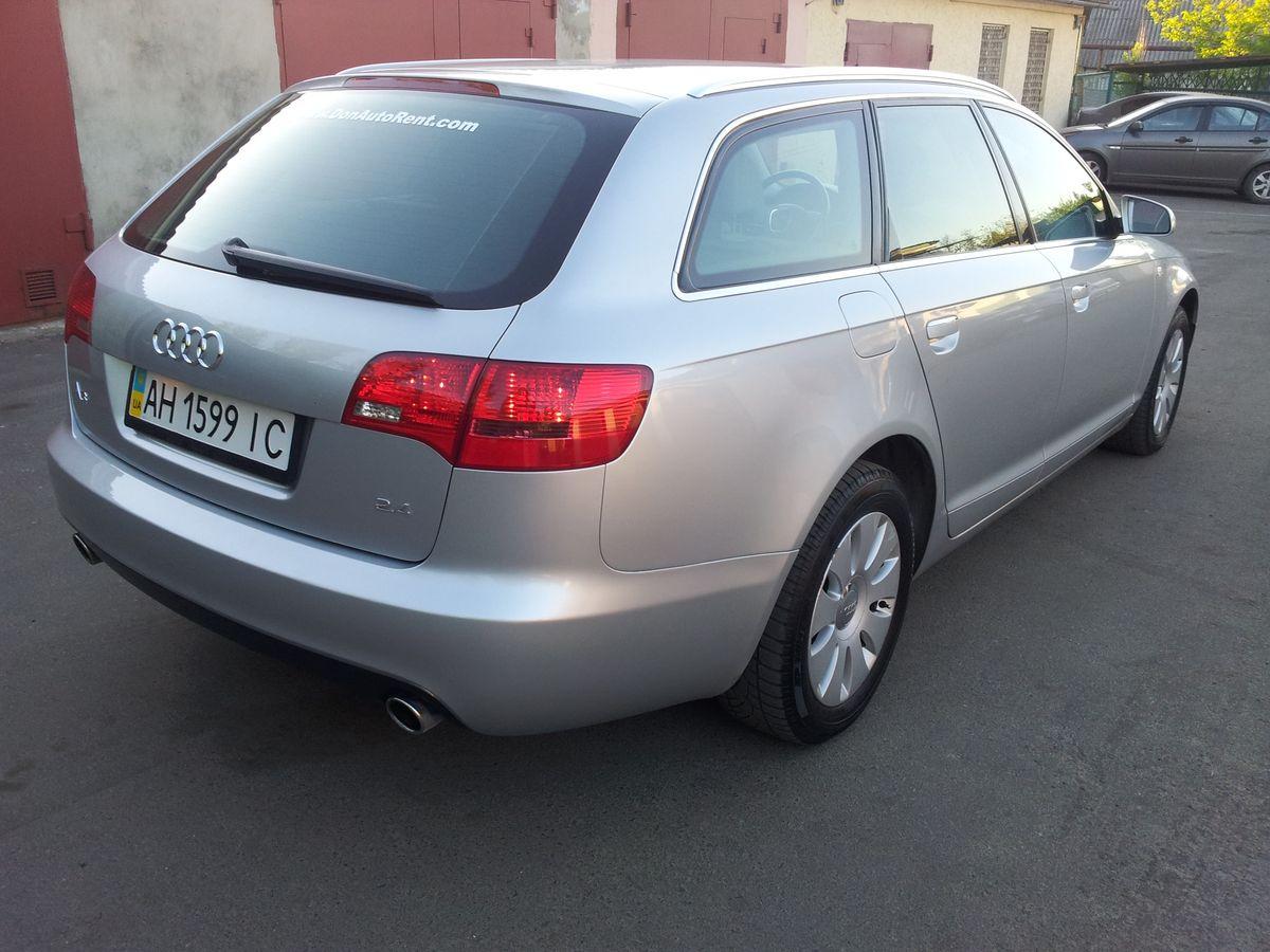Машина, Audi A6, вид сзади