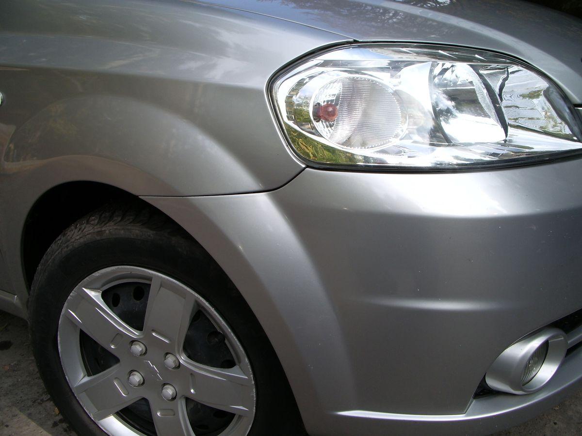 Авто Chevrolet, фара