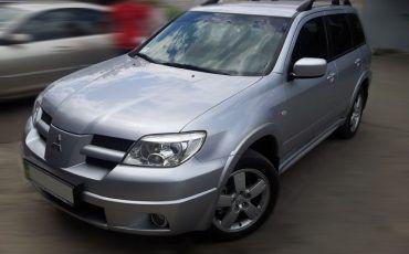Авто, Mitsubishi Outlander