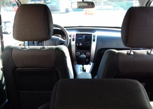 Автомобиль Hyundai, вид в салоне