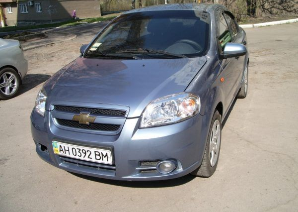Chevrolet Aveo Light Blue вид спереди