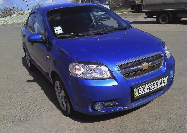 Автомобиль, Chevrolet Aveo, вид спереди